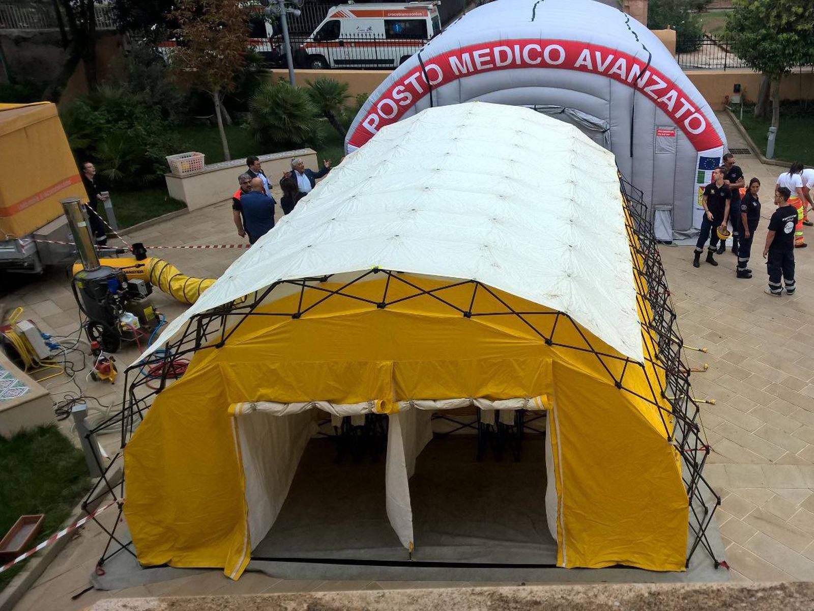 Montaggio della tenda NBCR